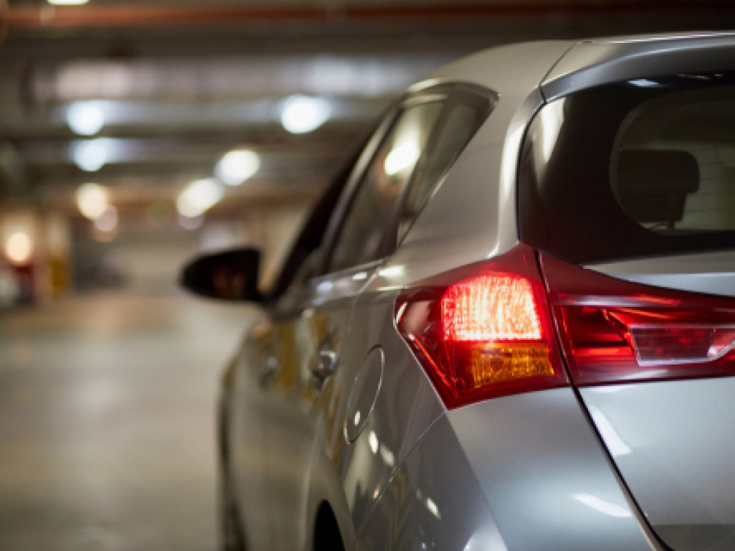 Who Performs Tail Light Repair in Baton Rouge, LA?